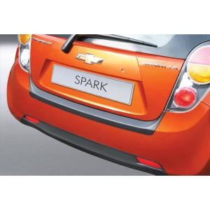 La protección del parachoques Chevrolet SPARK