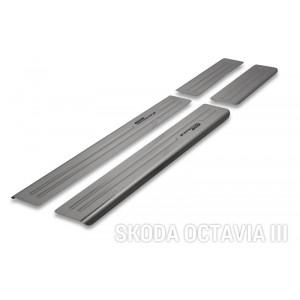 Protección de umbrales para Skoda Octavia III