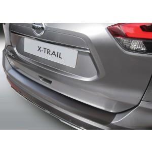 La protección del parachoques Nissan X-TRAIL